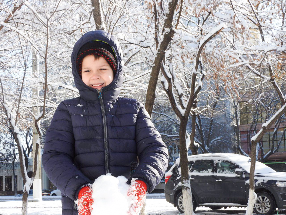 Максим и снег-2